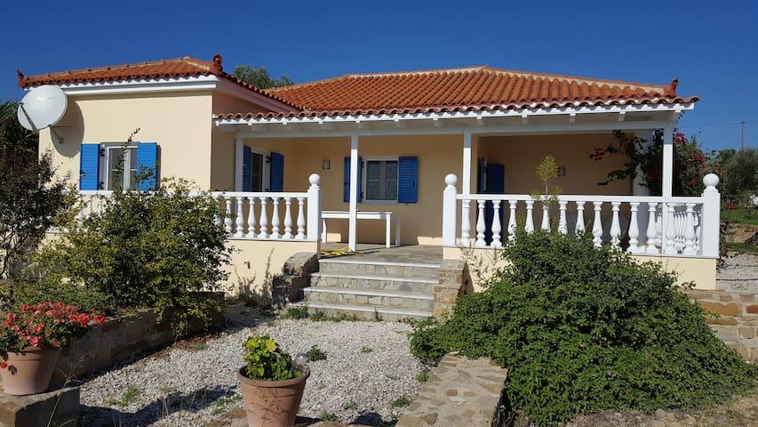Villa-Paraskevi, Urlauben wo die Götter wohnen - Finikounta - Villa