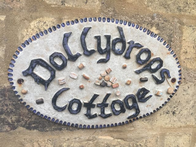 Dollydrops A 17th Century Rural Cottage in Cambs - Toseland - House