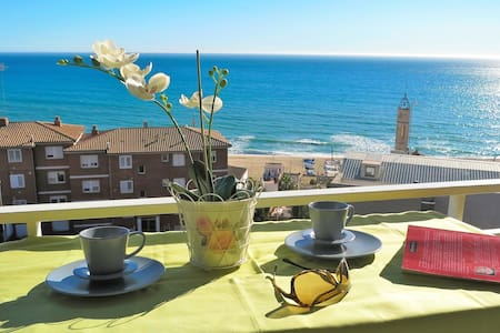BIANCA SEAVIEW & BEACH-apartment - Montgat - Huoneisto