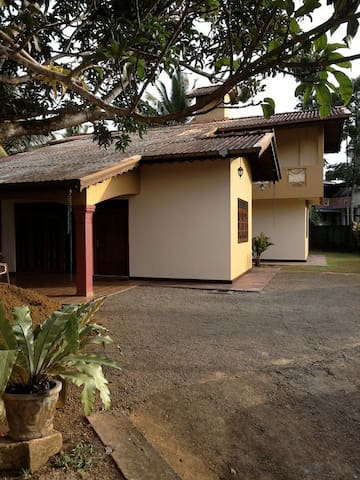 Luxury Villa - Ambalangoda