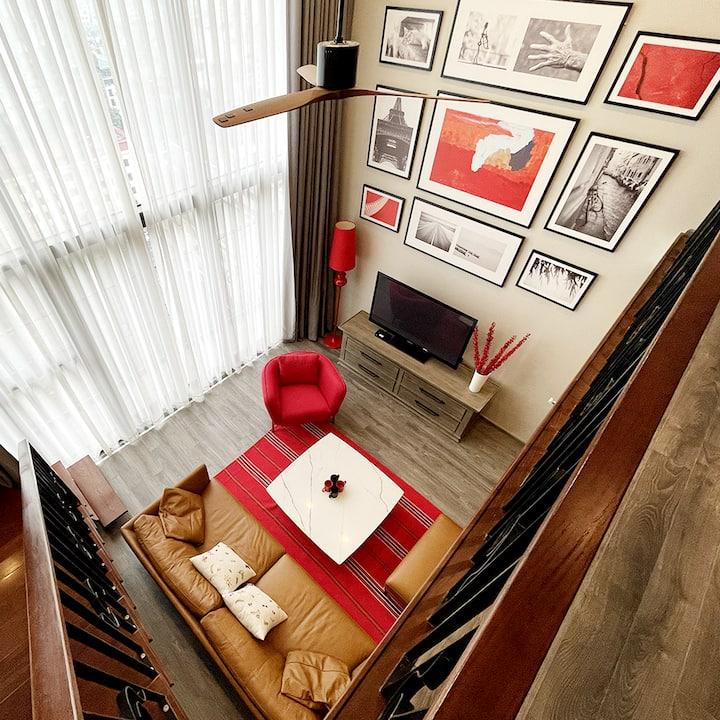 The Scarlet Duplex/Entire West Lake & Hanoi View