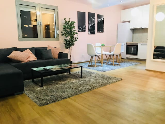 Think Pink Center (apartment with two bedrooms)