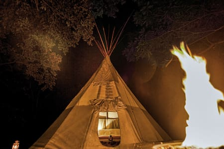 ❤️ MAGIC Tipi Retreat - Park Hills - Tipi