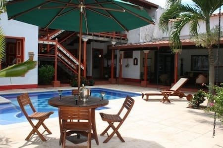 Beautiful home in the paradise - Bolomboló - Huis