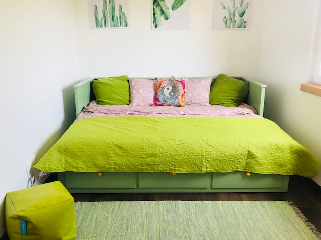 Boho Room by the sea- cat lovers