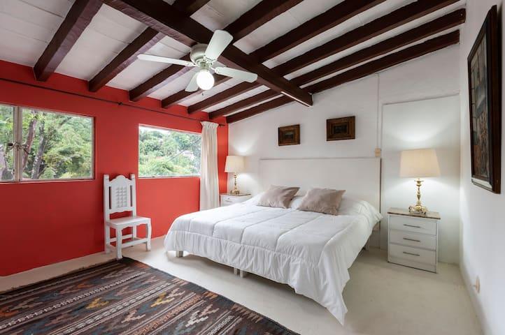 Hermoso Loft con Jardín y Alberca