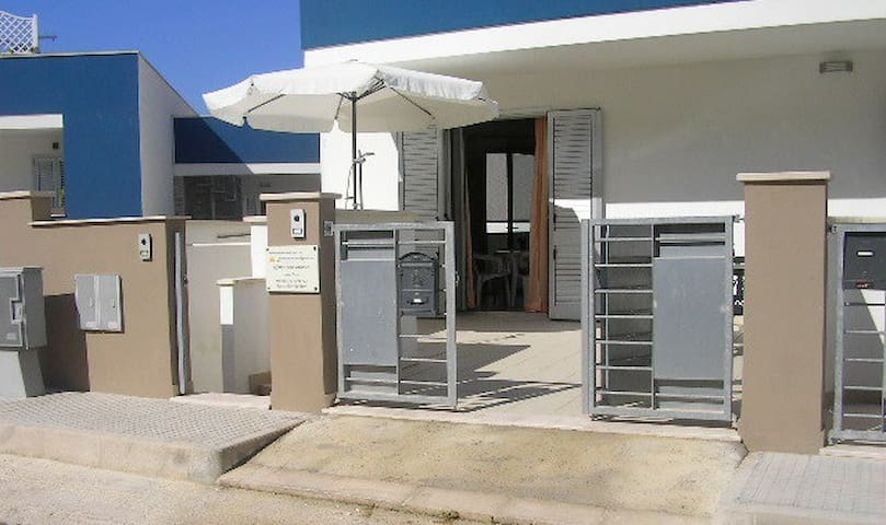 Confortevole abitazione a 150 mt.dal mare- 6posti - Conchiglie-Alto Lido - Appartement