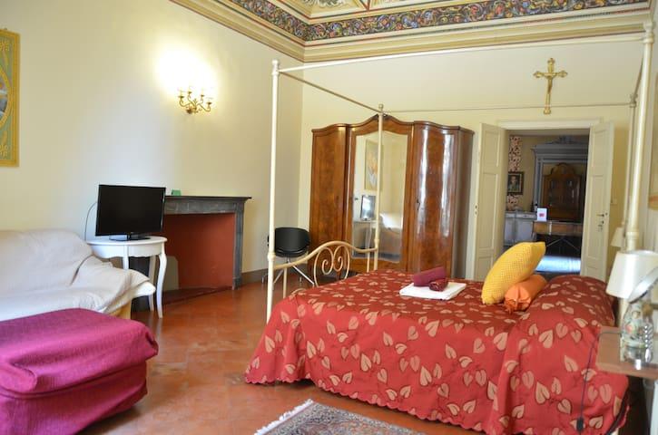 B&B Il Gianduia bedroom for max 4 people
