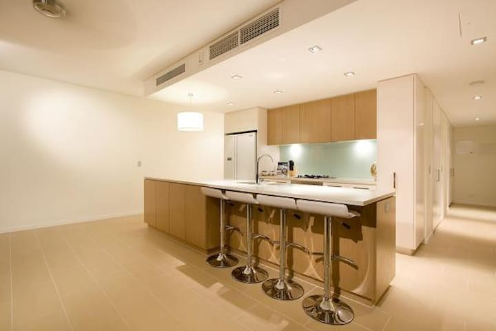 DARWIN WATERFRONT EXECUTIVE SUITES - Darwin - Byt