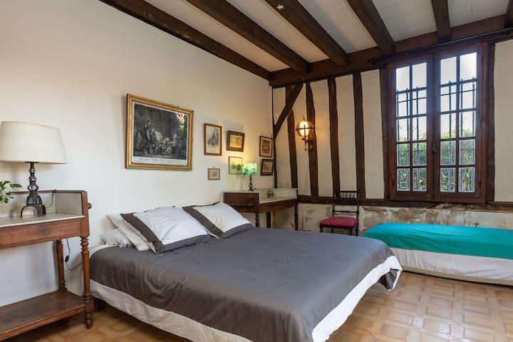 "Le Grand Yote 1810: Double room ""Verone"""