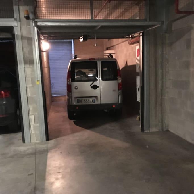 Alloggio di giuseppe terrazzo garage privato for Location garage 77