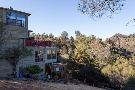 Topanga Canyon home, views and amenities! - Topanga