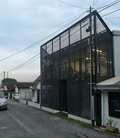 Architectural Retreat at d' Heart of Petaling Jaya