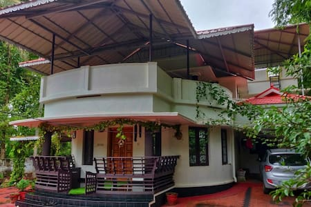 Private bedroom - Homestay in Varkala - Anugraha