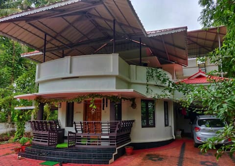 Anugraha Homestay 200 meters from Varkala beach