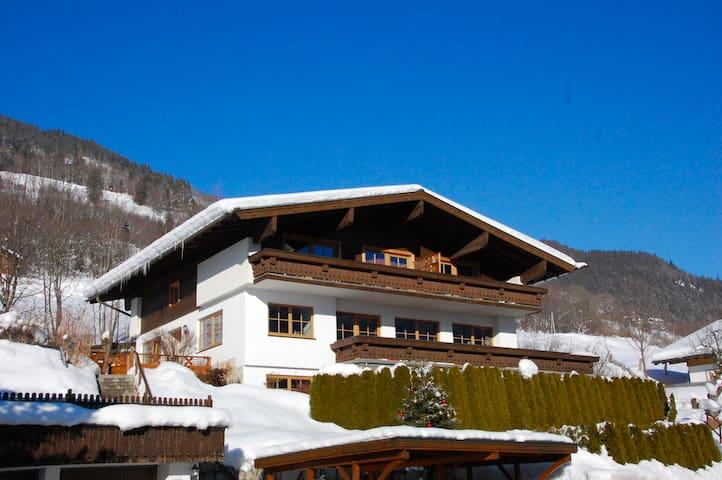 Landhaus Bergner Alm - Edelweiss Spitze Apartment