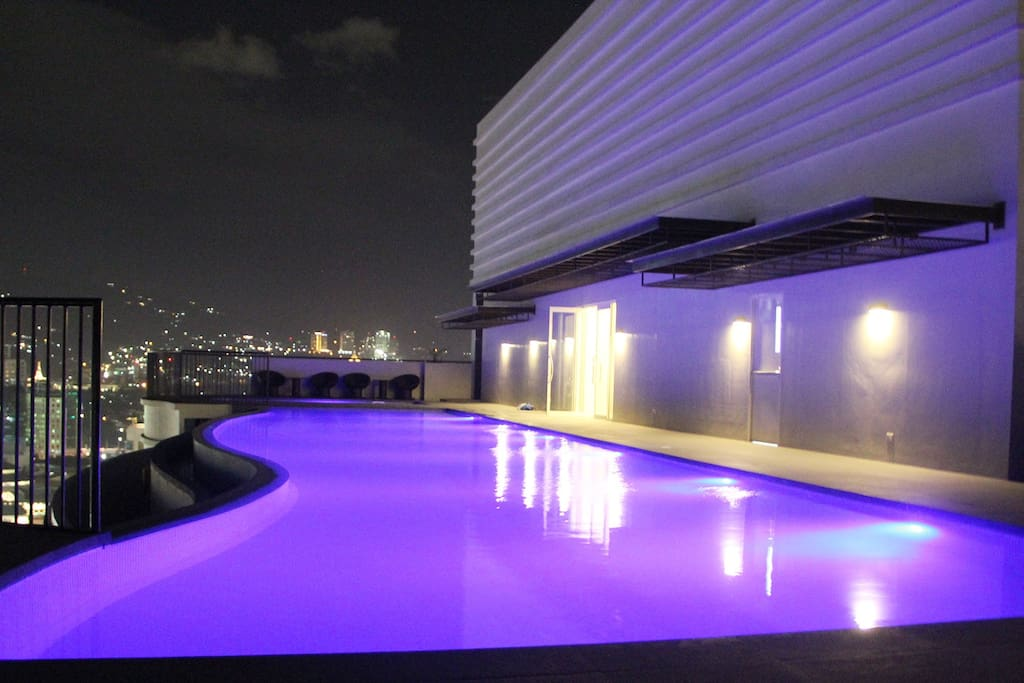 Infinity pool at the roof deck