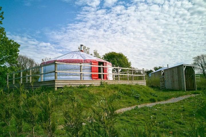 Chestnut Yurt - A luxury dog friendly Yurt in stunning 62 acre historic estate near Newquay
