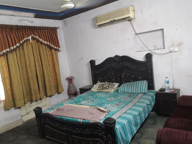Walking distance from D ground , fully furnished