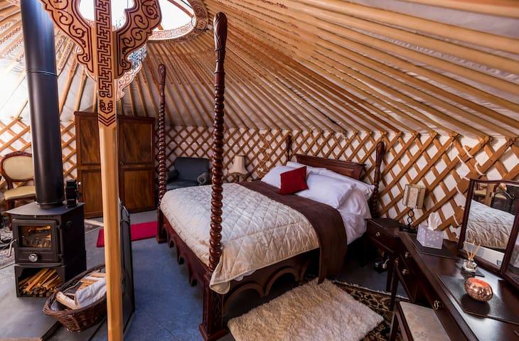 Ultimate Luxury Yurt Experience - Meadow Yurt