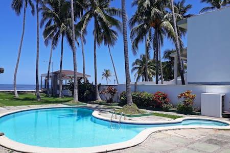 Kal Nawi La Libertad, Casa de Playa