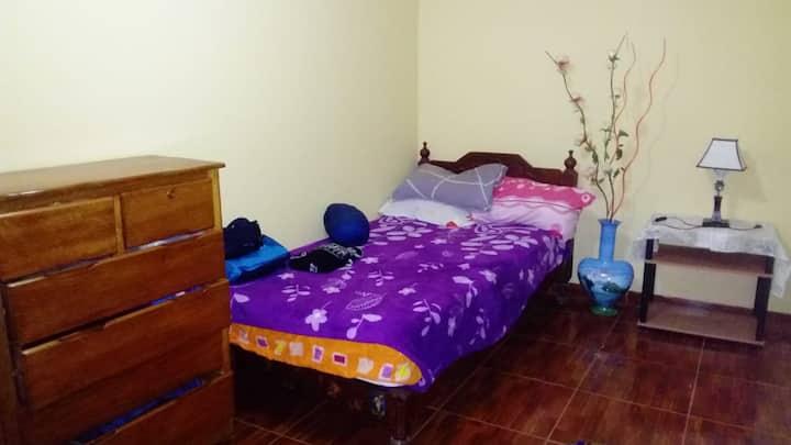 Habitación privada cerca a Huanchaco