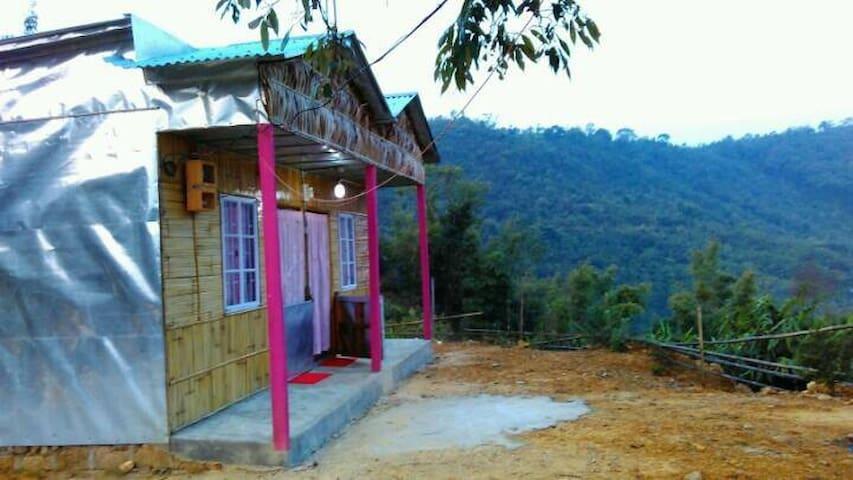 Meghalaya Hillside Highway B&B