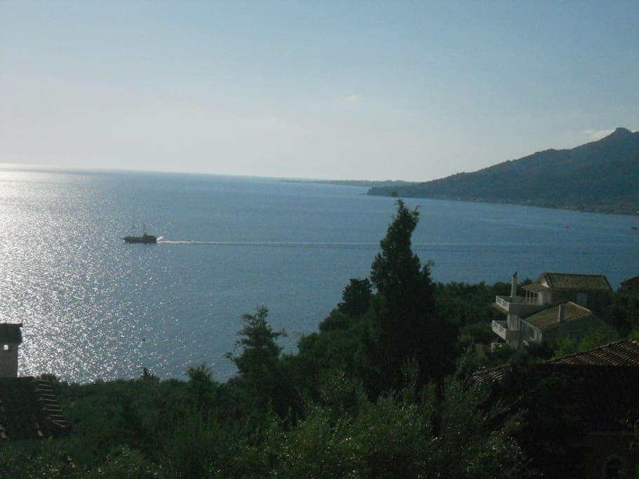 zakinthos singles The capital, zakynthos town,  solos specialise in singles holidays for the solo traveller interested in singles holidays to the uk, europe and beyond.