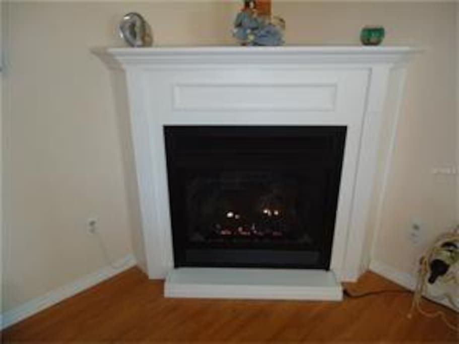Gas fireplace to keep you cozy.