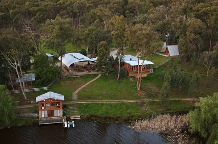 Fawlty Farm in Taylor Bay with 3 FREE experiences