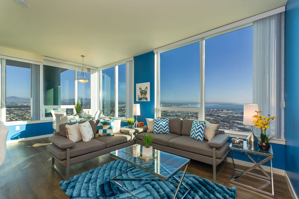Downtown San Diego Modern 3 Bedroom Penthouse - Apartments ...