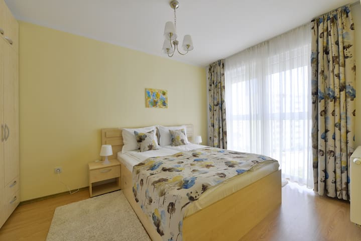 Kronstadt Bubbles Apartment