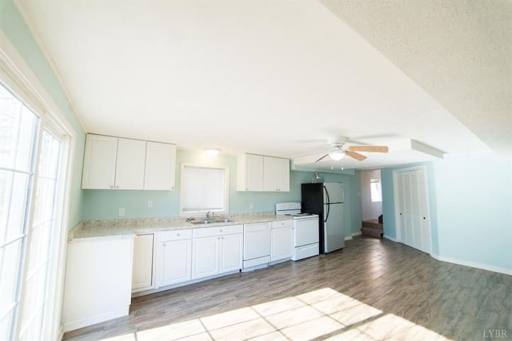 Central Private 2BR Apt With Everything You Need!
