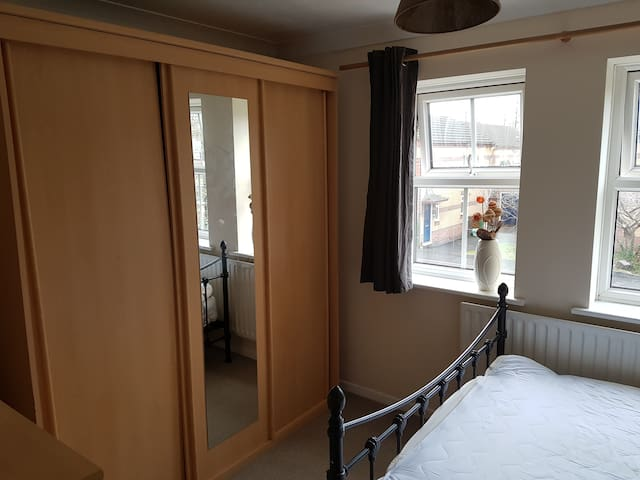 Double room close to city centre - Cardiff - House