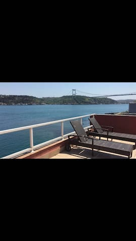 The Bosphorus Apartment At Emirgan SeaFront