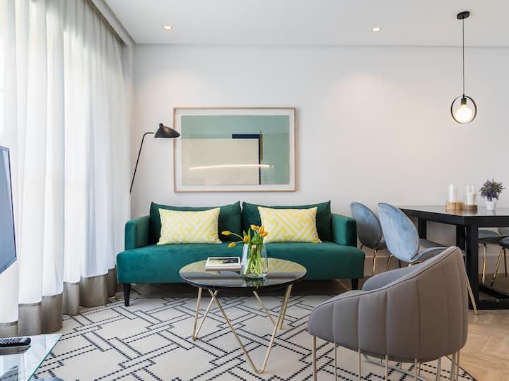 Waldorf Suites 1 Bedroom