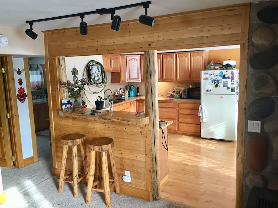 Shared kitchen. Feel free to cook, use the fridge, make yourself at home.