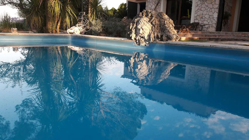 Parva Domus with pool, tennis, gym
