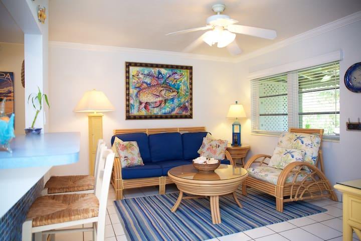 Ocean or IntraCoastal,  why not BOTH? - Villa W - Hillsboro Beach - Villa