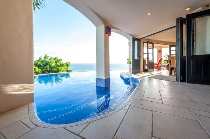 Cliffside Villa Overlooking Ocean,  Private Pool