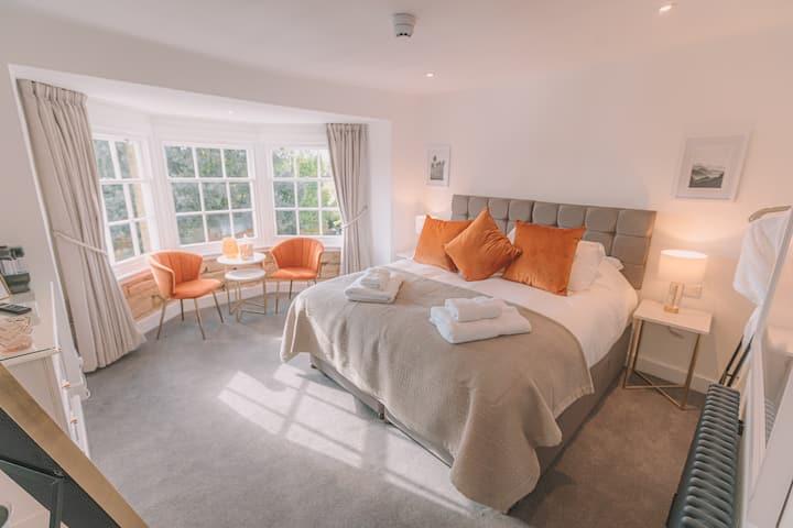 Two Bedroom Super King Luxury Suite