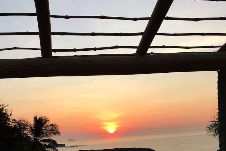 Hamaca  loft, nice view Rinconcito beach w/ lunch