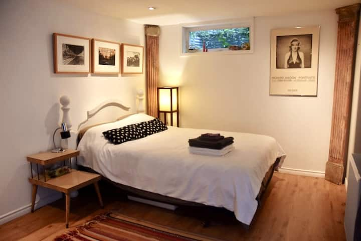 Culture Lovers Hideaway in Little Italy,  private