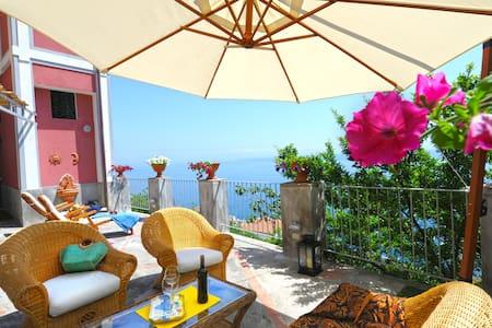 Rocco Palace -Villa Red Moon in Love- Amalfi Coast - Praiano