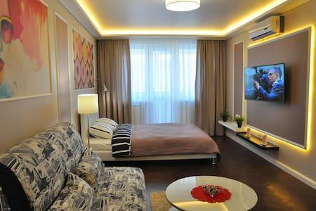 Апартаменты Minsksuite - Толбухина, 16 - Minsk - Apartamento