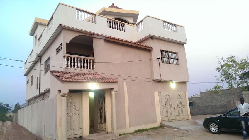 Guest House à Lomé/Agoe Zongo - Lome - Villa