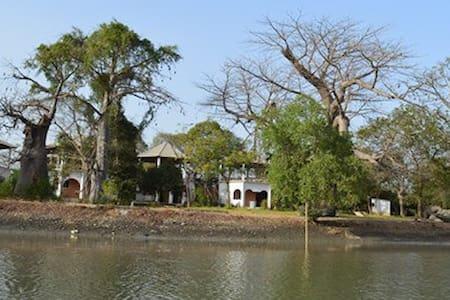 Sita Joyeh (Baobab Island) Holiday Resort