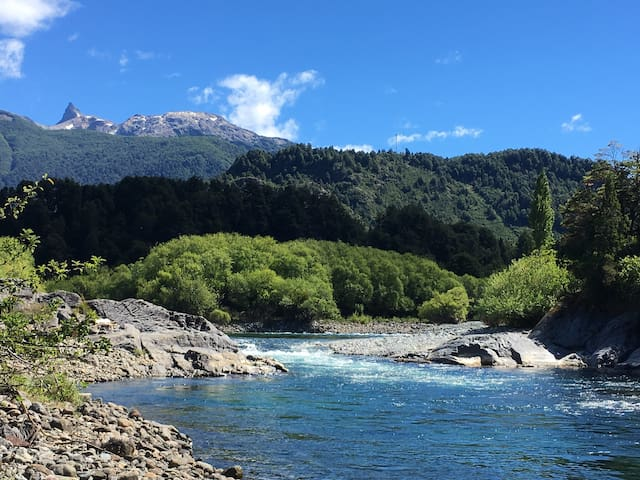 Tierra Girasol River front cabins: cabaña del agua