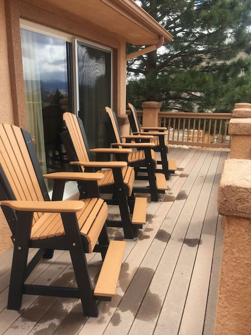 Sit on our deck and enjoy the mountain and red rock views