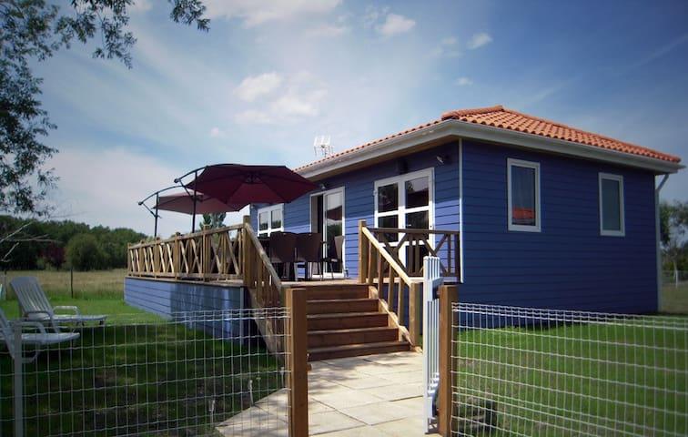 Maison avec terrasse, jardin et jacuzzi 6 places - Soulac-sur-Mer - Casa